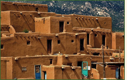Example of a pueblo where Pueblo Indians live today.