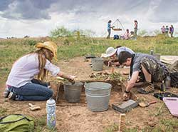 Crow Canyon middle school students excavate